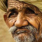 رجل مسن2